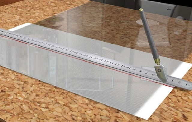 Резка стекла: закаленного, виды стеклорезов, техника, способы резки