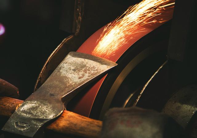 Заточка топора своими руками: углы, приспособления