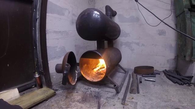 Как разрезать газовый баллон болгаркой для мангала безопасно