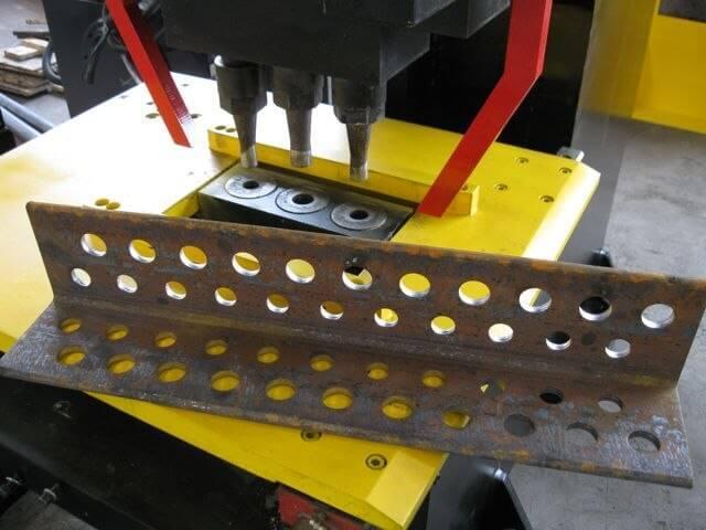 Пробивка отверстий в металле, пресс для ручной пробивки