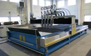 Гидроабразивная резка металла: установки, оборудование, давление