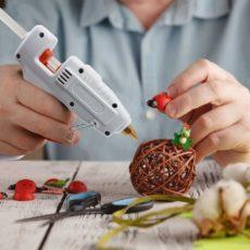 Как пользоваться клеевым пистолетом: инструкция, что можно клеить
