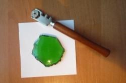 Масляный стеклорез: устройство, выбор, заправка, особенности работы