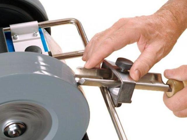Заточка токарных резцов по дереву: станки, приспособления, способы